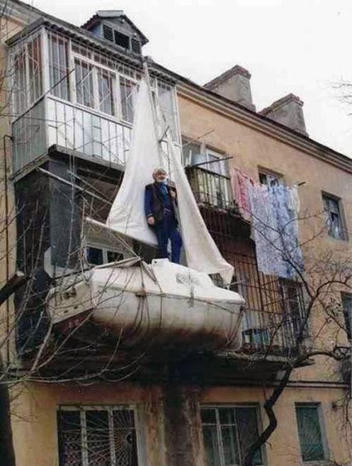 WTF Russia-bote