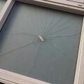 Como reparar un vidrio roto