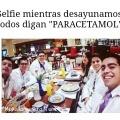 Una selfie entre estudiantes de medicina