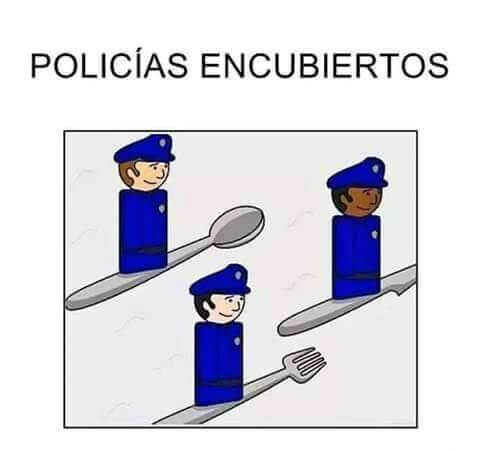 Policias en cubiertos