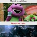 Madre en publico vs madre en casa