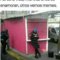 Unos se enamoran otros ven memes