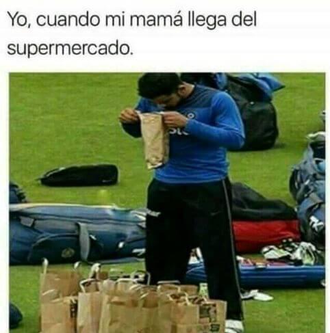 Yo cuando mi madre llega del supermercadol