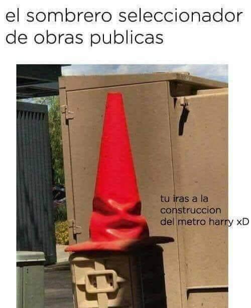 El sombrero seleccionador de obras publicas