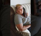 Agarra el teléfono abuela, alguien te está llamando